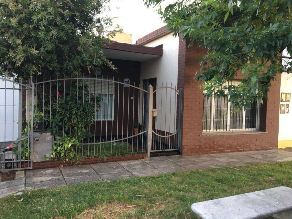 casa lote propio 3 dormitorios (1 en suitte)venta directa, toma menor valor