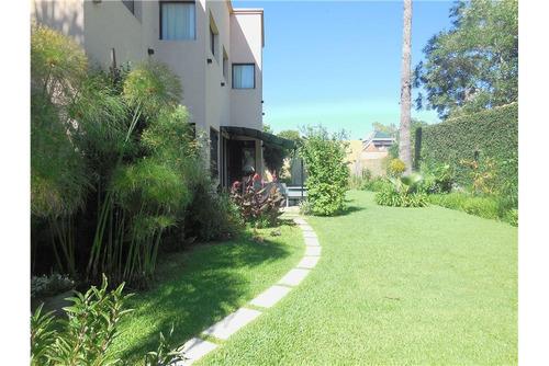 casa lote propio jardín quincho garage  zona norte