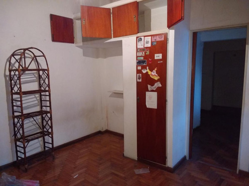 casa  lote propio. living comedor, cocina  3 dormitorios, baño, jardín y cocher.
