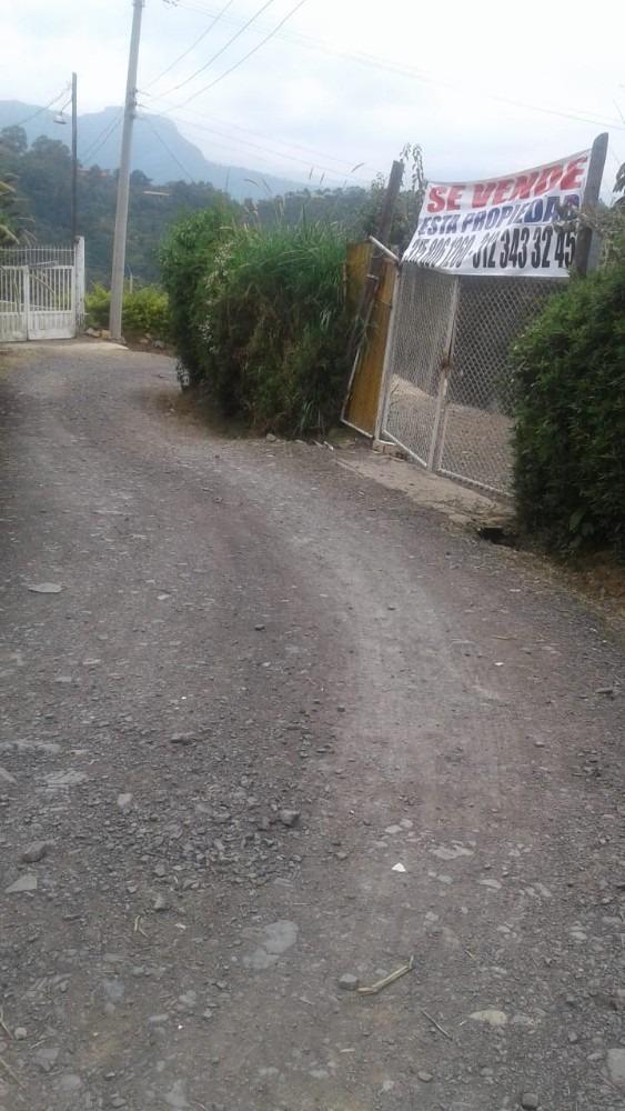 casa lote vereda minas 5km antes de  la vega