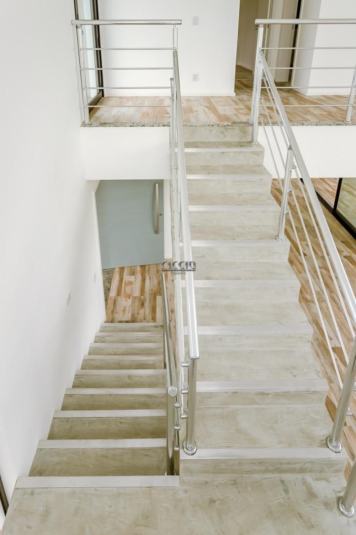 casa maravilhosa cond. reserva bonsucesso à venda 3 dormitórios sendo 1 suíte, com 250 m² a.c no parque das nações em pindamonhangaba - ca0895