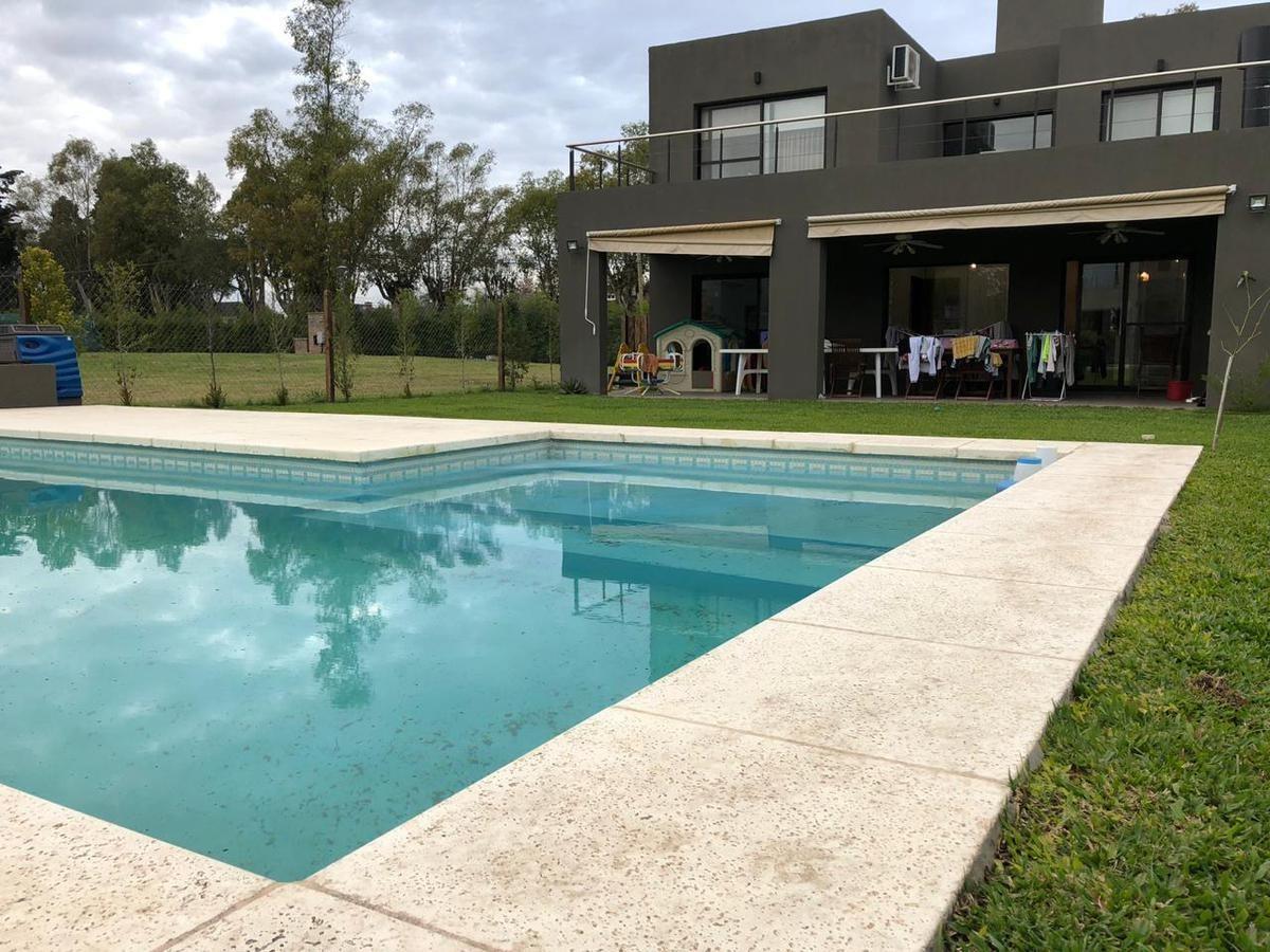 casa - maría eugenia residences & village