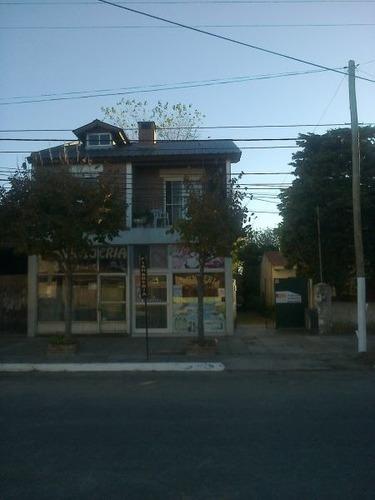 casa mas 2 locales en venta en las toninas.