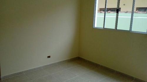 casa medindo 125m²,com 2 quartos,em itanhaém/sp