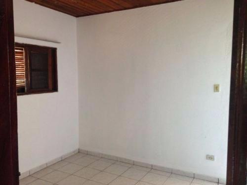 casa medindo 152m²,com 2 dormitórios,e uma churrasqueira!