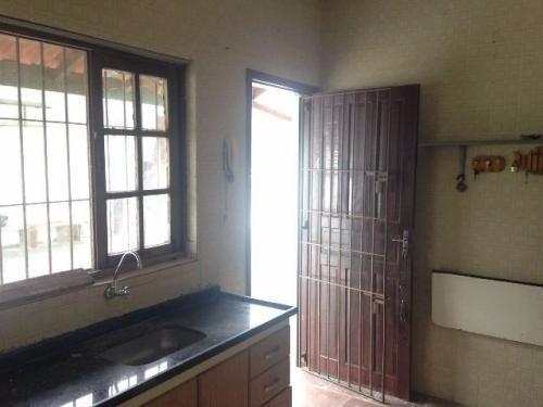 casa medindo 360 m² com 2 dormítórios.venham conferir !!!