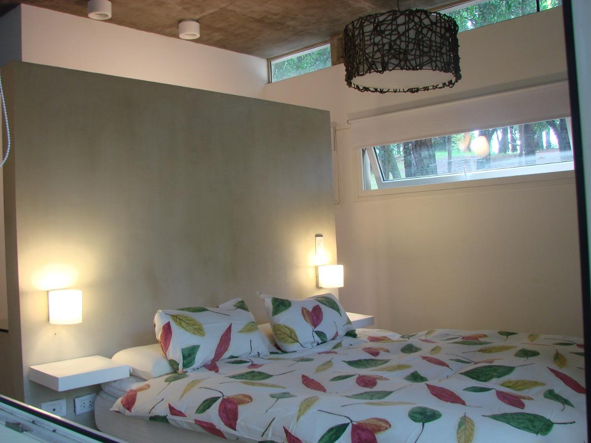 casa minimalista alquiler mar de las pampas amplio bosque