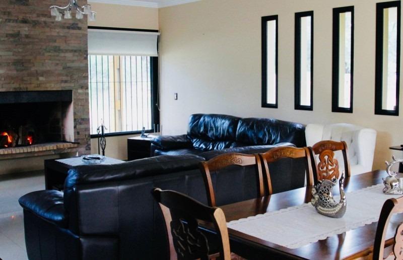 casa minimalista en cantegril-ref:29095