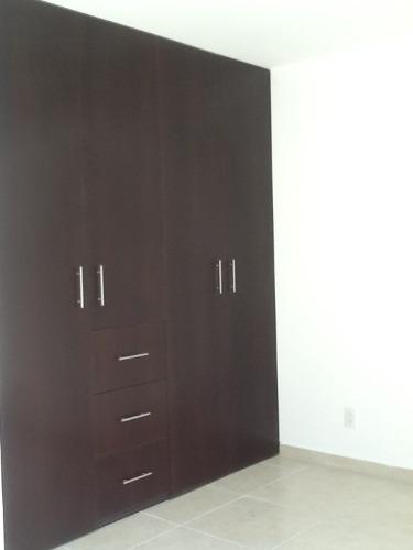 casa minimalista en renta en el  fracc. el mirador qro. mex.