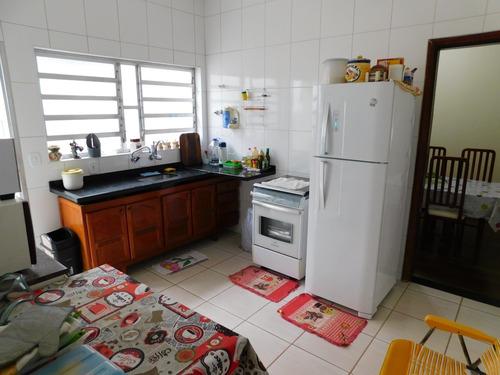 casa mobiliada a 300 metros da praia a venda em peruíbe