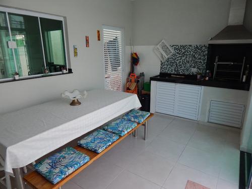 casa mobiliada c/ piscina no bairro oásis em peruíbe a venda