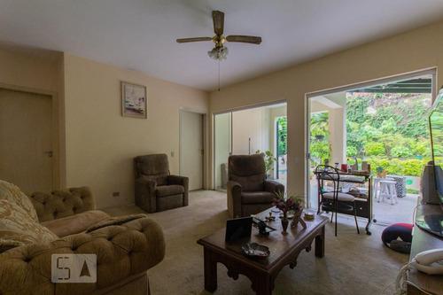 casa mobiliada com 4 dormitórios e 4 garagens - id: 892888072 - 188072