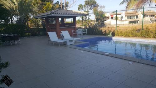 casa  mobiliada e decorada no condominio golf residencial quatro rodas 4 suítes, www.klebercavalcante.net 71 30289999/999825756  r$4.000,00 salv bahia - ca00110