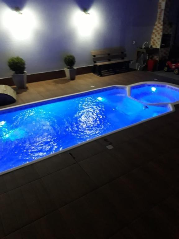casa mobiliada em são josé! 2 dorm, piscina, área com churrasqueira. - ca2423