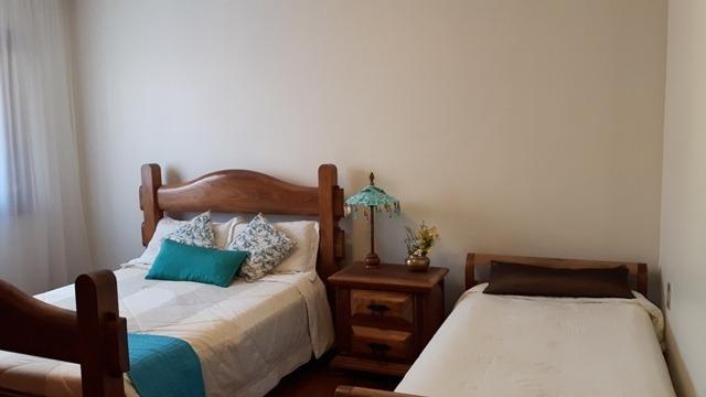 casa mobiliada no mangabeiras com  5 quartos, suítes, varandas, 4 vagas e área de lazer !!! - op1835