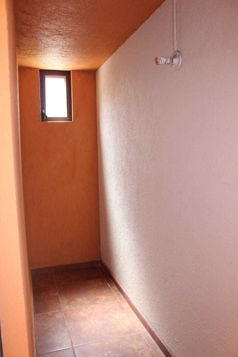 casa modelo galicia en puerta real, corregidora, querétaro