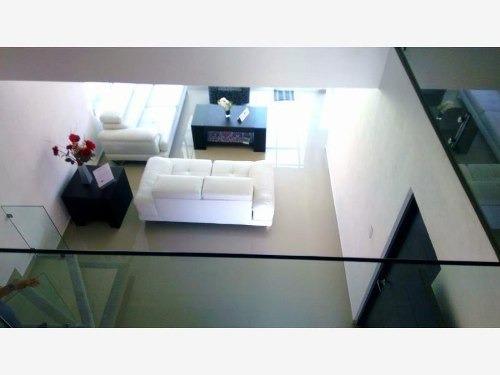casa moderna con alberca, en privada de solo 8 casas