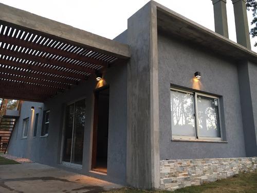 casa moderna con vista al mar - punta colorada