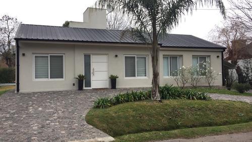 casa moderna en banco provincia sector 5