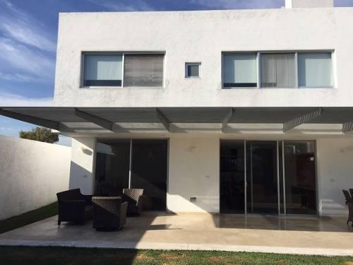 casa moderna en fracc el mascareño