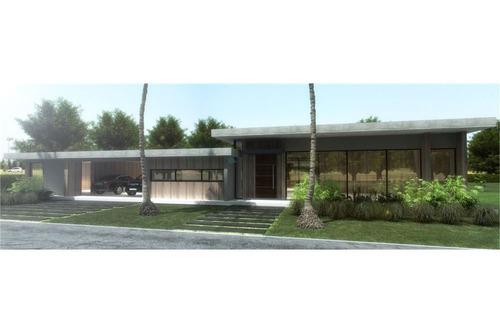 casa moderna en venta en club de campo san diego