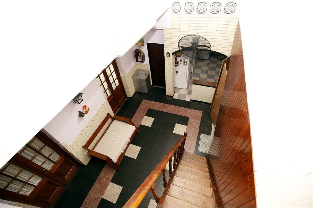 casa multifamiliar 10 amb 8 dormitorios terraza