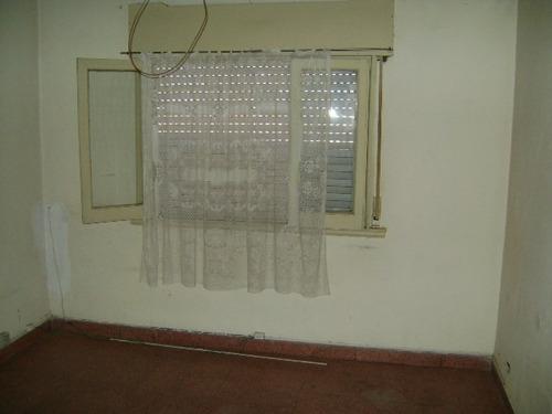 casa multifamiliar 4 unidades - bolivia 300 - villa martelli