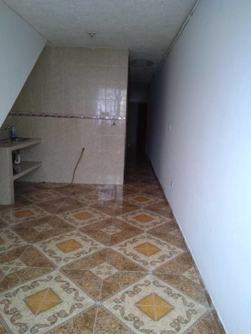 casa multifamiliar 5 hab 3 ba46.76 mts 95 mts construidos