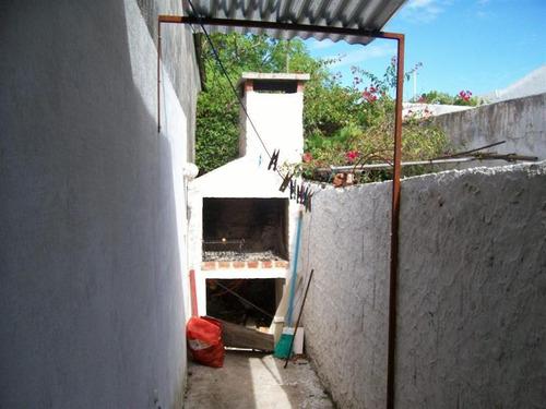 casa muy económica en el centro de piriápolis