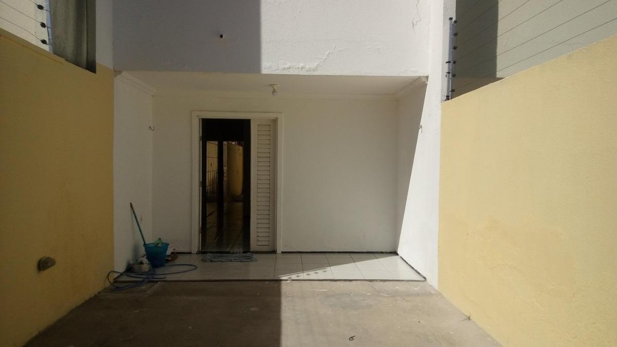 casa na lagoa redonda, 3 quartos, suíte, garagem, quintal