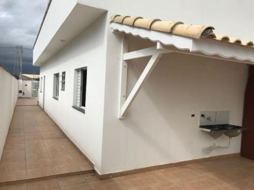 casa na praia c/ churasqueira em itanhaem sp