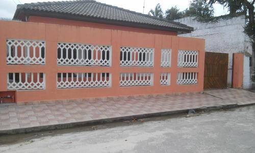 casa na praia em, caraguatatuba ref. 956