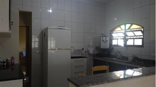 casa na praia mongaguá 3 dormitórios  5748