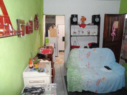 casa na praia,com 2 quartos,em itanhaém/sp