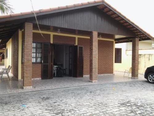 casa na praia,com 2 quartos,medindo 280m²,em itanhaém-sp