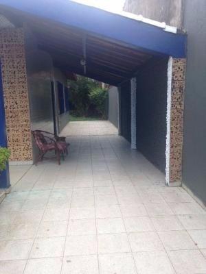 casa na praia,com 3 quartos,medindo 260m²,em itanhaém/sp