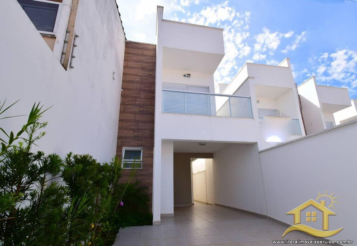 casa no bairro centro em peruíbe - 2372