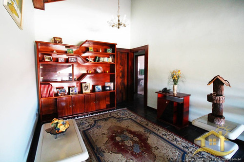 casa no bairro centro em peruíbe - 2435