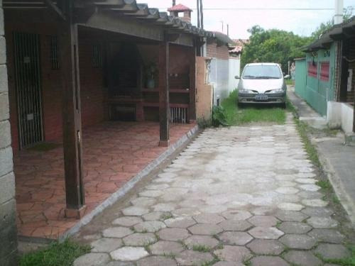 casa no bairro marambaia, com 2 quartos, itanhaém-sp!