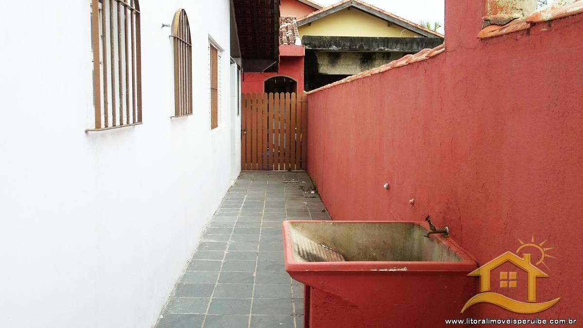 casa no bairro maria helena novaes em peruíbe - lcc-1578