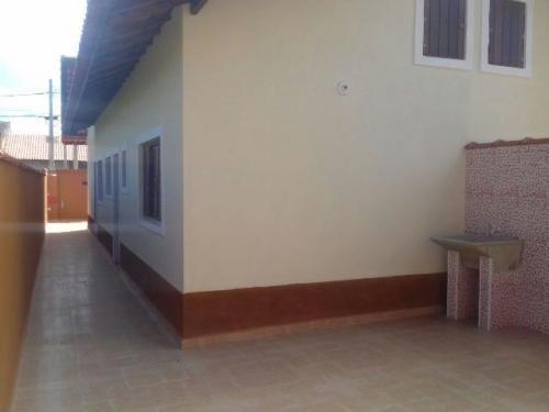 casa no bairro nossa senhora do sion, em itanhaém