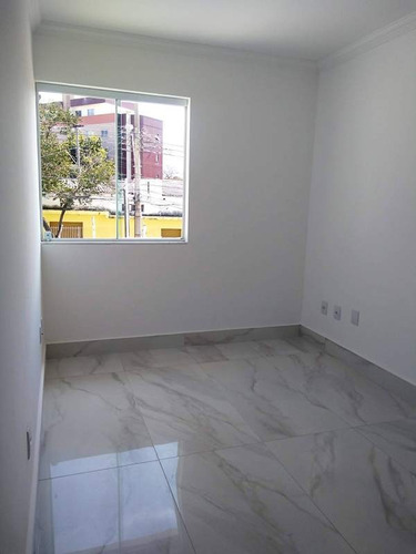 casa no bairro santa branca. 2 quartos 2 vagas. - 2427
