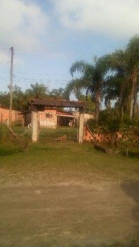 casa no bairro sítio velho em itanhaém 1km da rodovia
