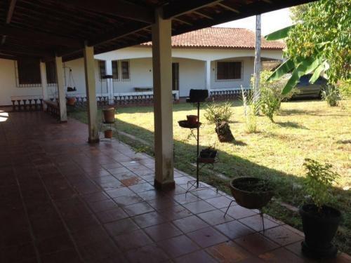 casa no bairro suarão, em itanhaém, litoral sul de são paulo