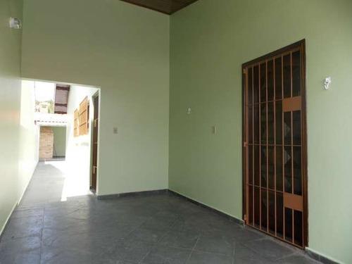casa no bairro três marias em peruíbe para venda.