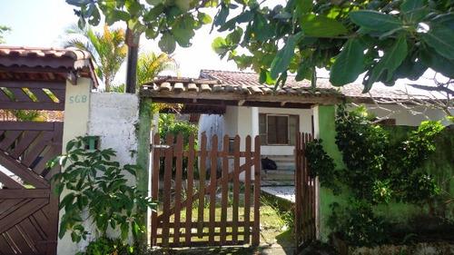 casa no balneário gaivota, em itanhaém, rua calçada