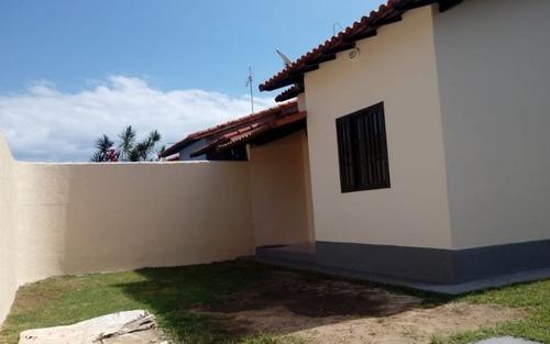 casa no barroco c/2 quartos próximo ao centro comercial itaipuaçu