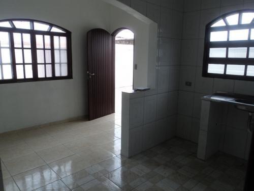 casa no suarão, em itanhaém, com ótima localização