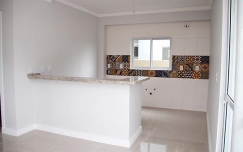 casa nova 3 suítes em condomínio próximo da praia na cachoeira do bom jesus
