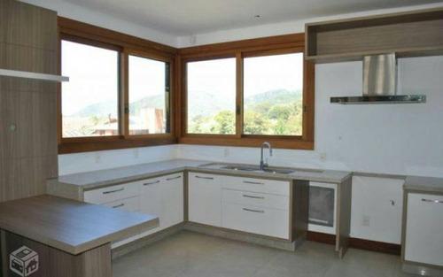 casa nova 4 suítes condomínio fechado lagoa da conceição vista lagoa e mar
